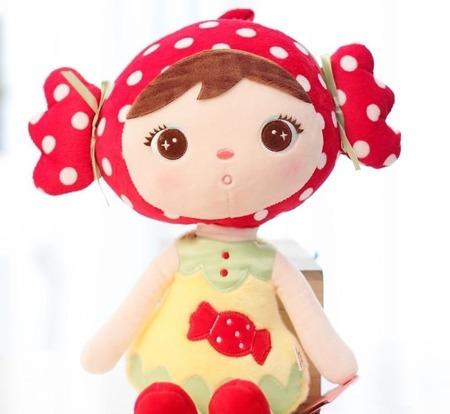 Lalka Metoo Red Candy Girl Cukiereczek